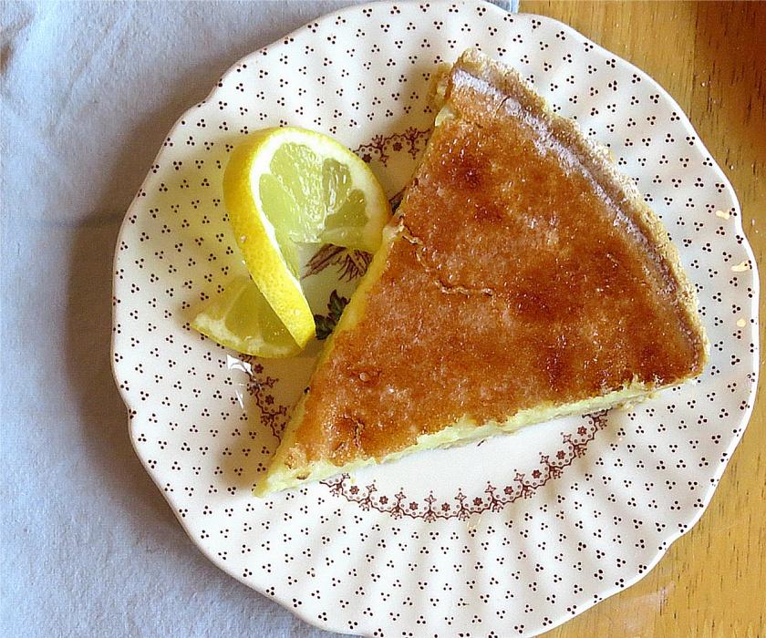 tarte au citron slice