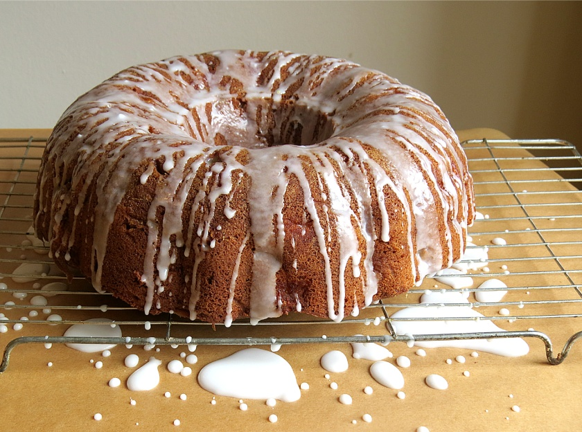 Apple Bundt 1