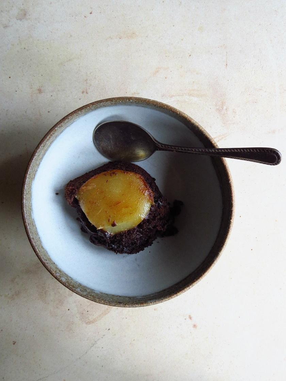 Chocolate Ale cake bowl
