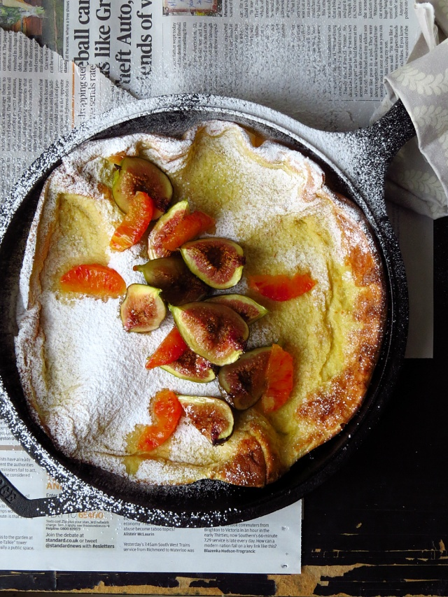 Dutch Baby Pancake close