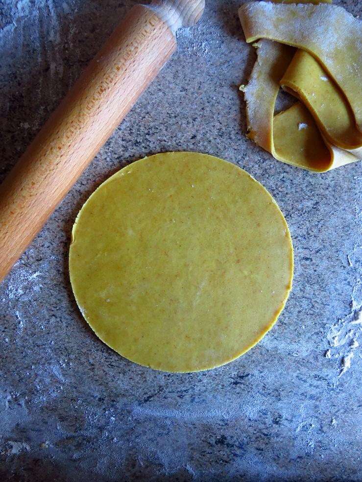 Tumeric pastry